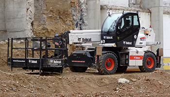Telehandler Shippingfrom UK to Pakistan at Cheapest Rates