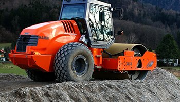 Compaction Machines Shippingfrom UK to Pakistan at Cheapest Rates